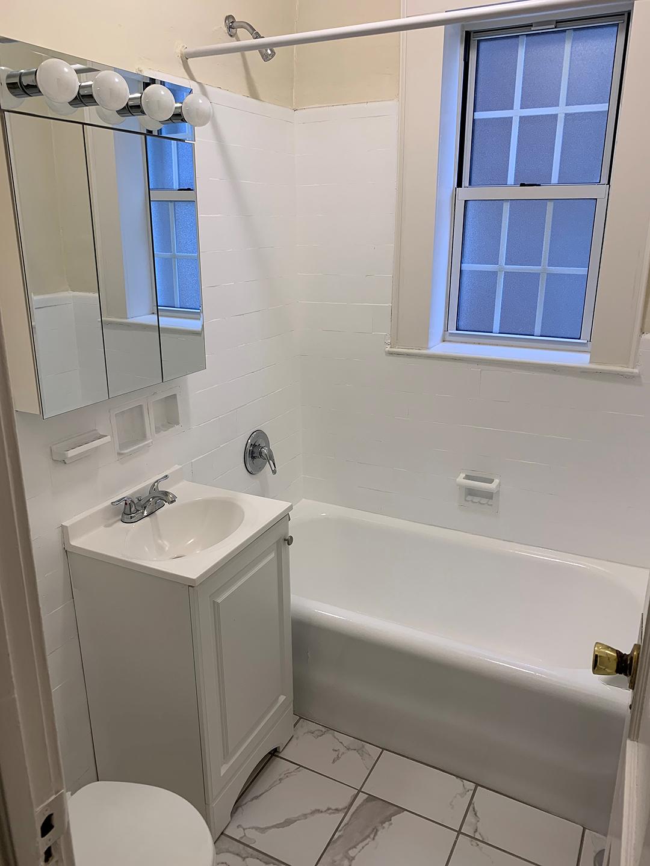 Bathroom in Elm Court Apatment