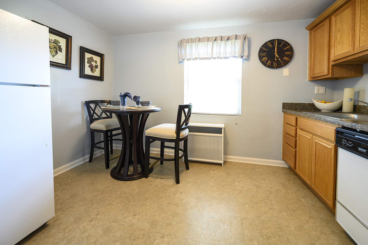 Kitchen and dining area of New Milford Estates apartment