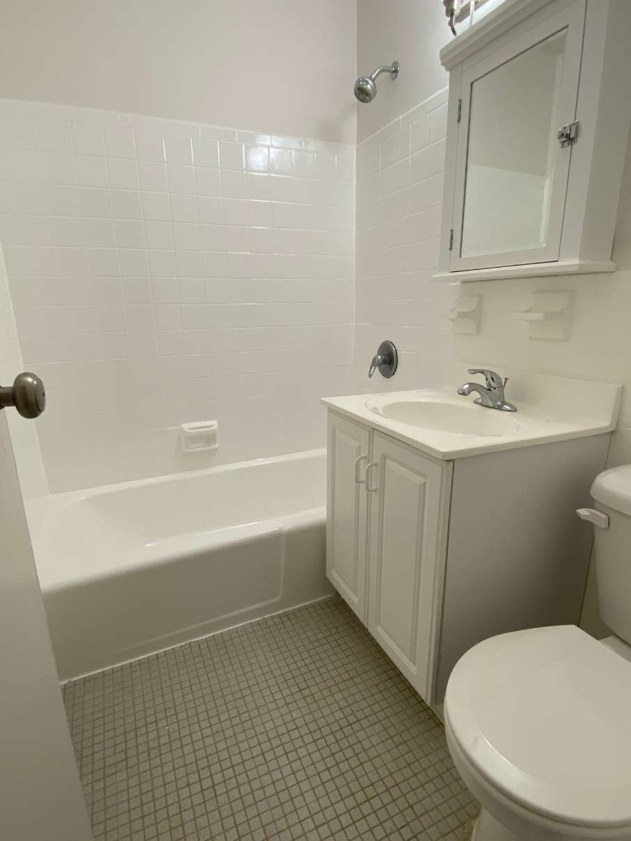 Caldwell House restroom